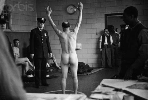 Women in prison and strip search videos videos and jpg 631x427