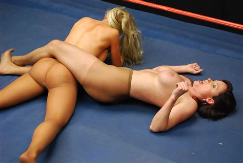 Festelle download ladies wrestling and catfighting to jpg 1200x803