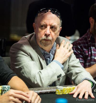 Elliot smith poker twitter jpg 400x426